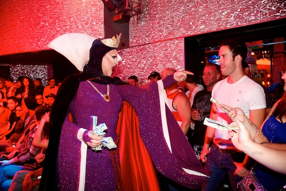 Shannel as the Evil Queen 2