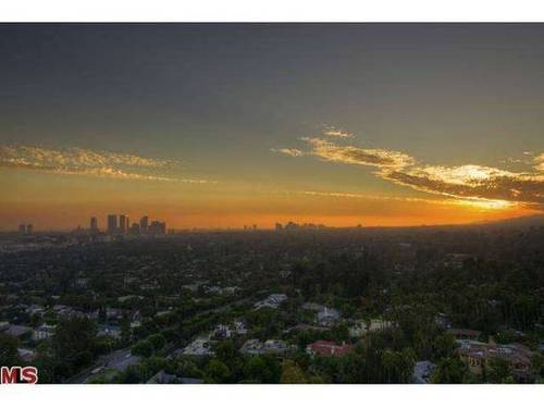 """A city skyline view from the condo. See more great WeHo views in our story """"You Gotta See This: The Best Views in WeHo"""" at http://ow.ly/qu5Hz."""