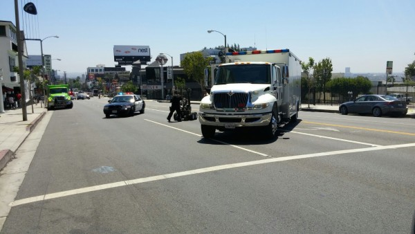 Traffic diverted on Sunset Boulevard today while Sheriff's deputies investigate possible bomb.