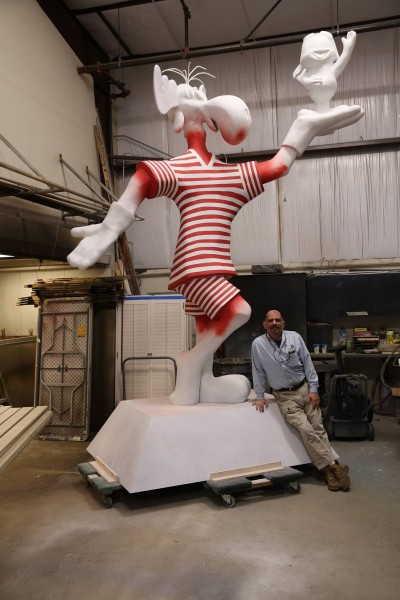 Bullwinkle with Ricardo Scozzari, who restored the sculpture.
