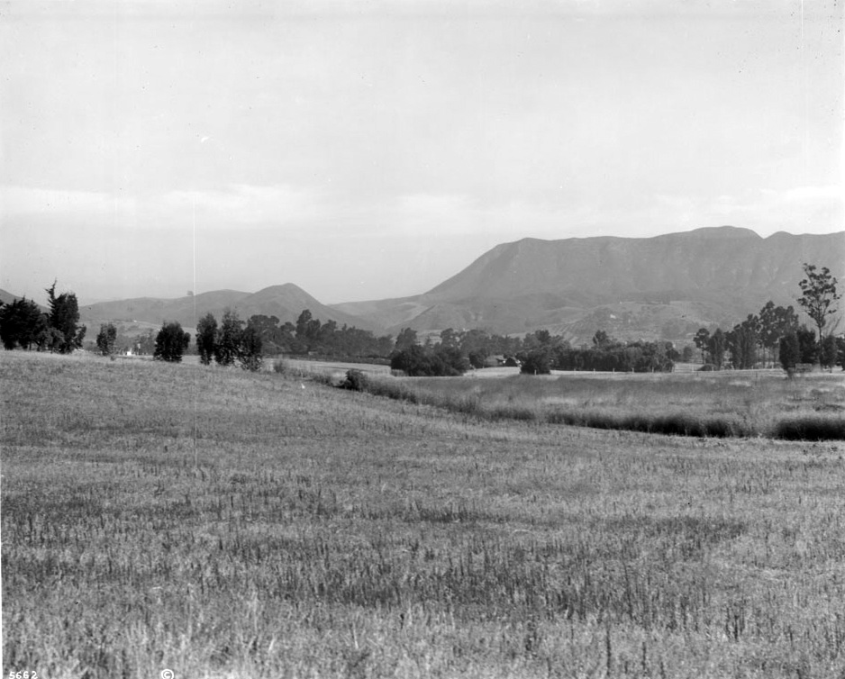 E.A. McCarthy's Melrose Ranch, which later became Melrose Avenue. (Photo courtesy of the Los Angeles Public Library Photo Collection)